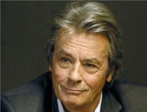 Secondo il magazine Ici Paris, e notizia confermata da fonti dell'entourage dell'attore francese a Le Parisienne Alain Delon è stato ricoverato domenica a ... - Alain-Delon-300x228